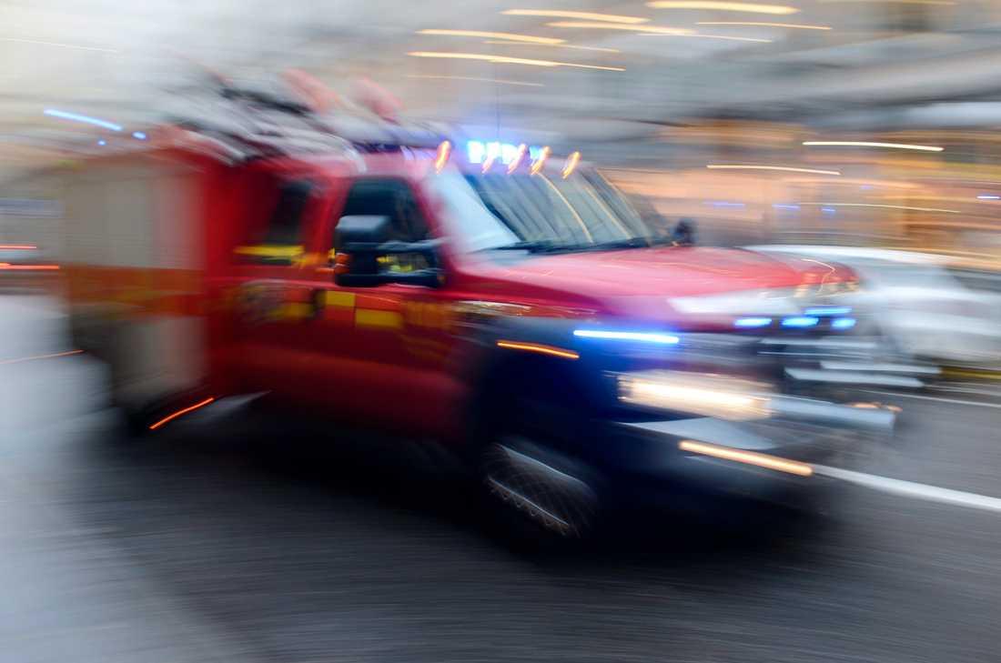Räddningstjänsten ryckte ut efter larm om att två personer saknas på sjön Fegen i Svenljunga kommun. Nu har en av männen hittats vid liv. Arkivbild.