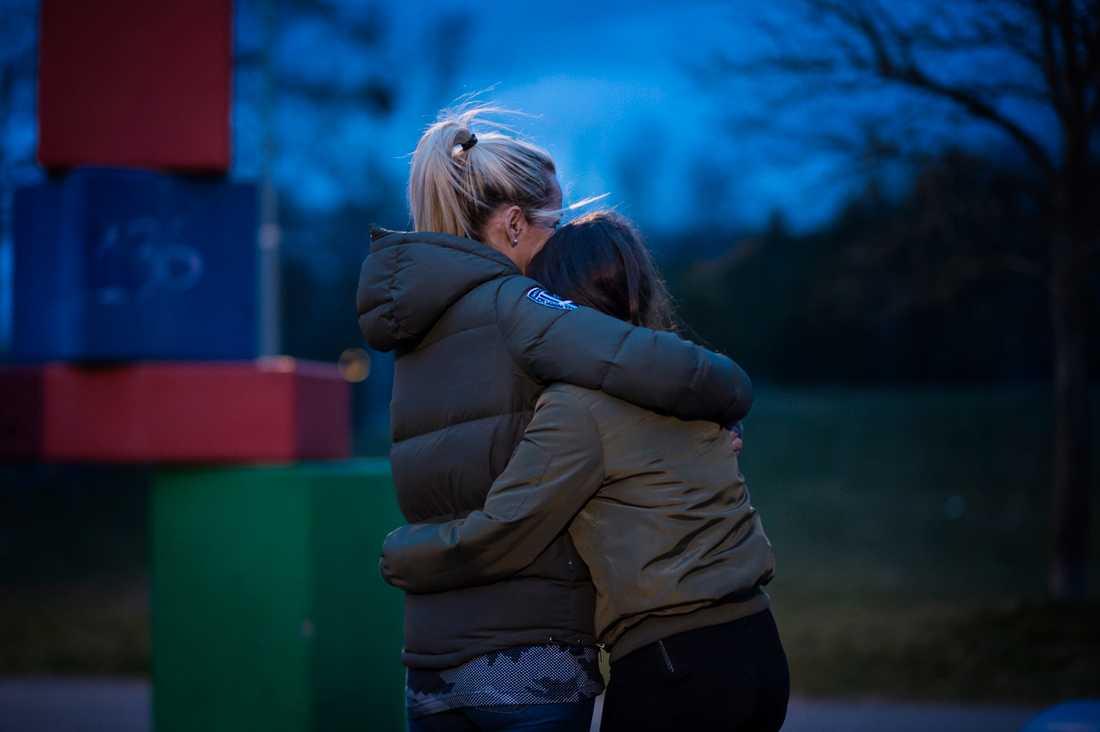 """Sofia, 11, blev misshandlad av ett killgäng som skrek att hon skulle """"åka tillbaka till sitt hemland"""" när hon skulle gå till skolan."""