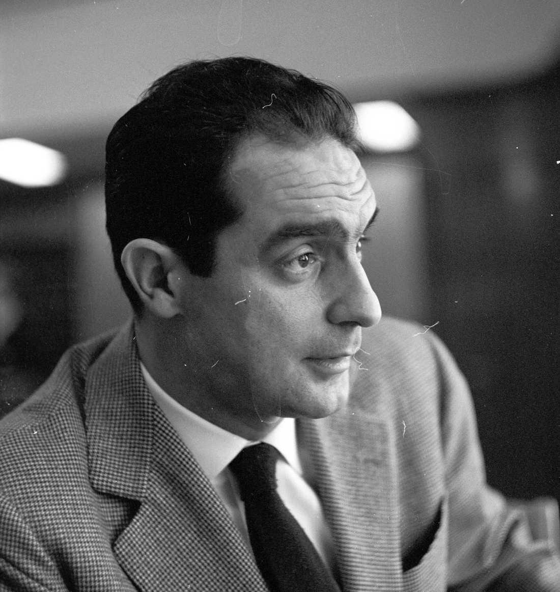 Italo Calvino (1923–1985), italiensk journalist och författare.