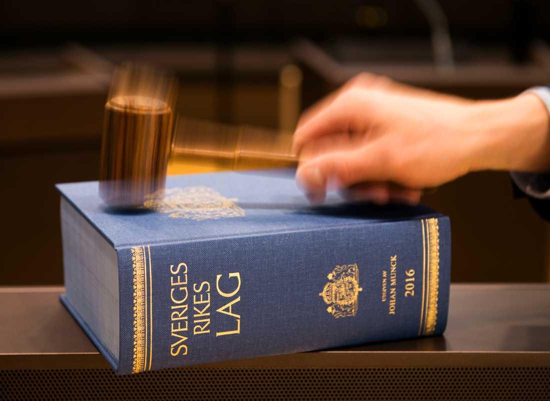 Uddevalla tingsrätt har högst andel brottmål som väntar på avgörande i landet. Arkivbild.