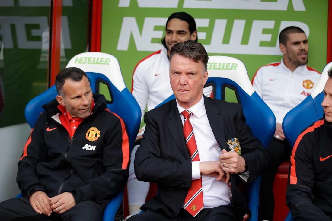 Louis van Gaal tar bladet från munnen och ger sin förra arbetsgivare Manchester United några rejäla kängor.