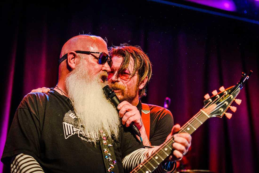 Eagles of Death Metal uppträdde på Debaser Medis i Stockholm.