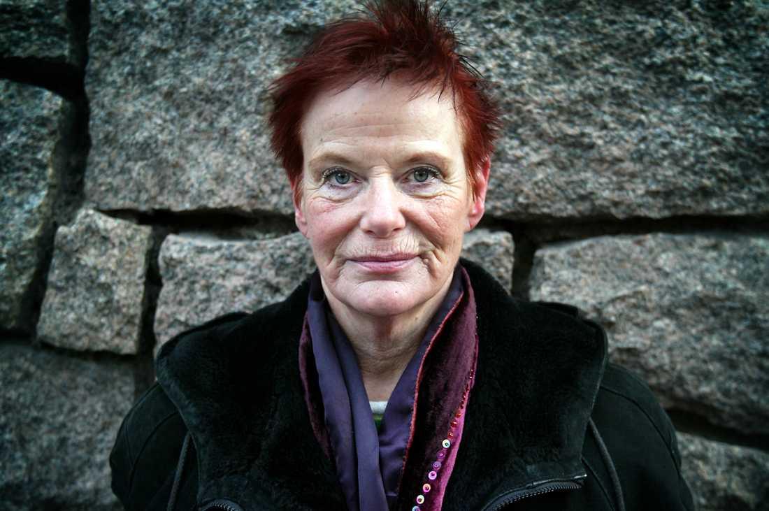 Lillemor Östlin berättade i boken Hinsehäxan om sitt liv.