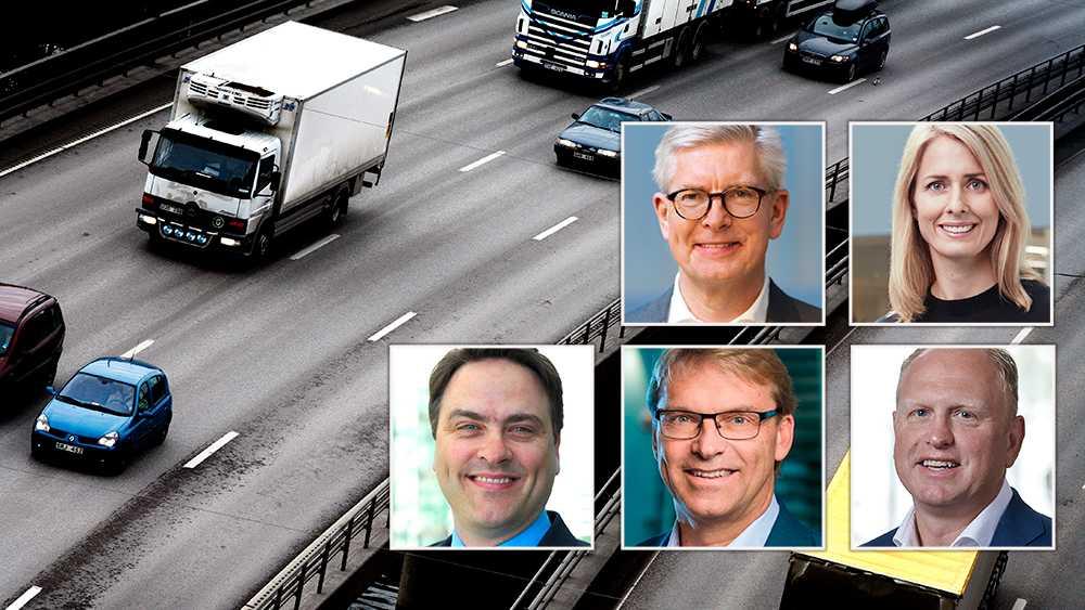 Vi behöver en klimatomställning för tunga godstransporter. Tillsammans gör Sveriges största företag vad vi kan för att detta ska bli verklighet men vi behöver också hjälp från politiskt håll och besluten behöver tas redan i dag, skriver debattörerna.