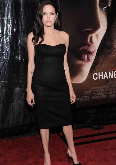 Angelina Jolie, 2008: 59 kilo Med sex barn att ta hand om hamnar mat långt ner på 33-åriga Angelina Jolies prioriteringslista....