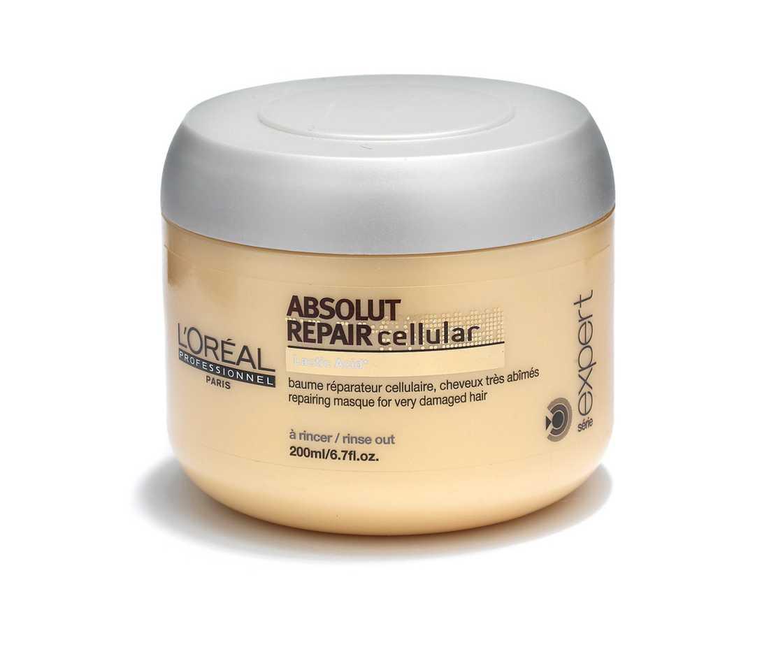 """""""Repairing masque"""" Med sin mjuka blomdoft, fylliga konsistens och snabba verkningstid är det här en underbar inpackning. Superdryg, lätt att fördela och skölja ur. Risigt hår blir glänsande, mjukt och följsamt. 209 kr, L'Oréal Professionnel."""