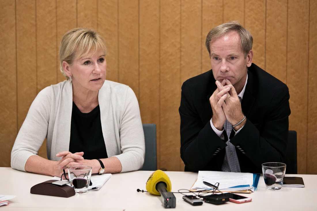 Margot Wallström och Olof Skoog.