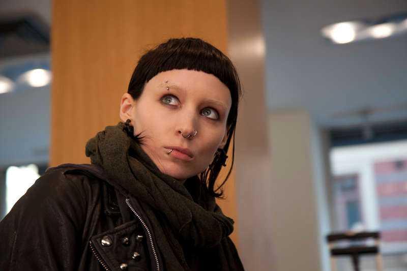 Rooney Mara hoppas att det ska bli fler filmatiseringar av Stieg Larssons böcker så att hon får spela Lisbeth Salander igen.