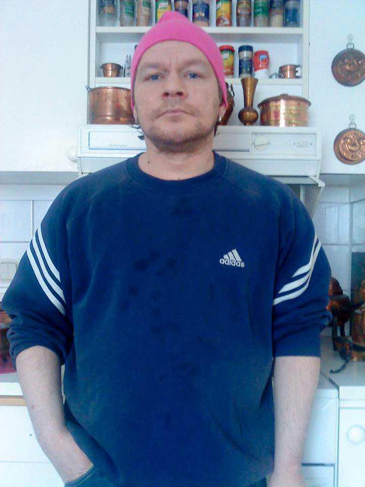 Gert Lindgren, 43, hittades död i sin lägenhet den 13 mars.