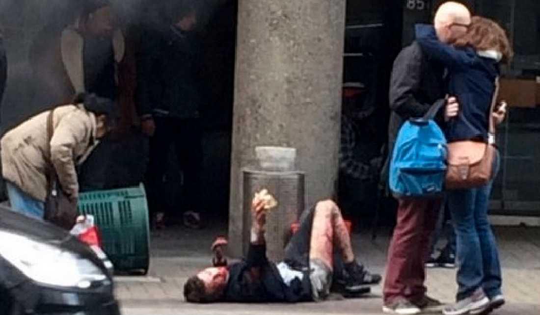 Efter attacken mot tunnelbanestationen Maelbeek i Bryssel.