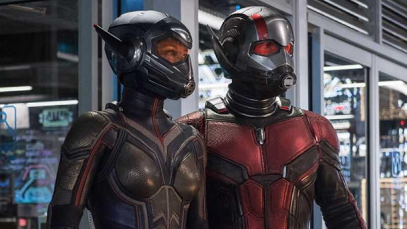 Evangeline Lilly och Paul Rudd i sina kostymer.