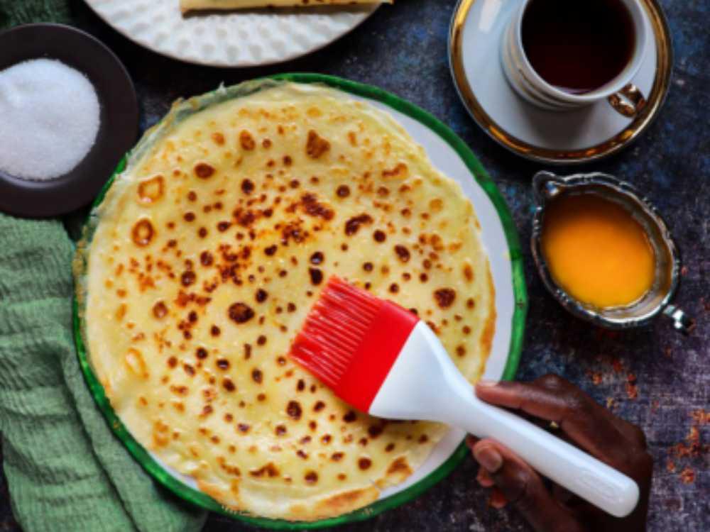 Malawax är tunna pannkakor med smak av kardemumma.