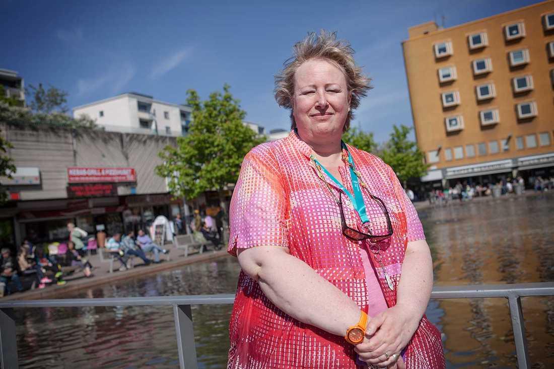 """""""Vi är vana vid att fattiga ska skämmas"""", säger Anette Manoti."""