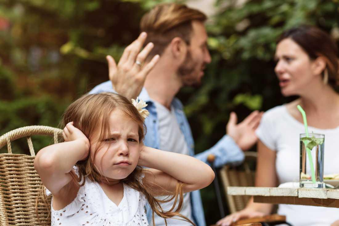 Semester kan innebära mysig familjetid, men också en del bråk.