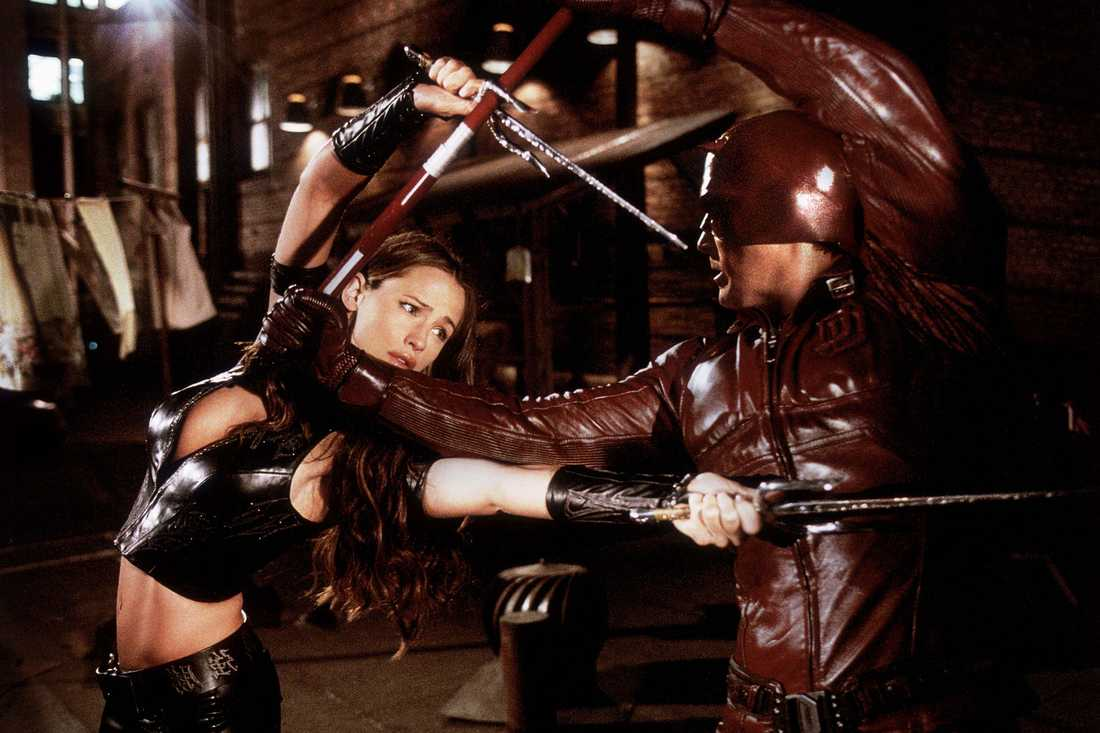 """Latex var melodin i superhjältekalkonen """"Daredevil""""."""