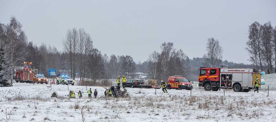 Vid 11-tiden inträffade en singelolycka på länsväg 132 i höjd med Aneby i Småland.