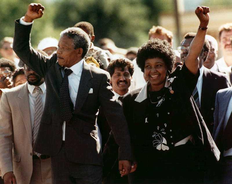 Winnie Madikizela-Mandela med sin dåvarande make Nelson Mandela.