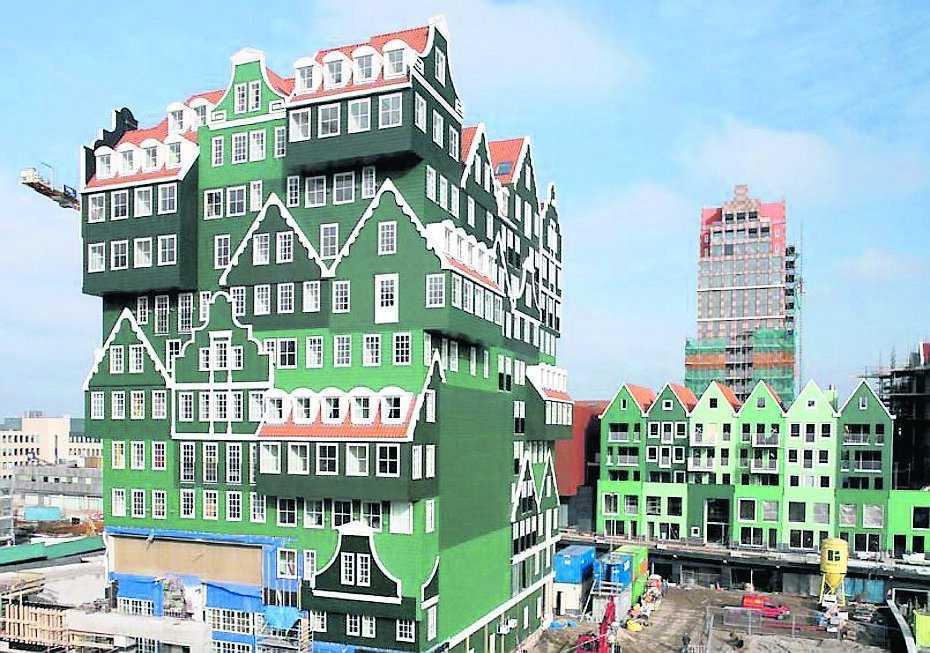 Det är byrån WAM Architecten som ritat detta hotell i fusionsstil – vilket är ett sätt att sammanföra det förflutna med nutid.