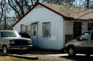 SCOUTLEDAREN VAR ETT MONSTER Seriemördaren visade sig vara en kommunanställd religiöst aktiv scoutledare - kort sagt en vanlig 59-årig Wichitabo som bodde i ett vanligt villaområde.