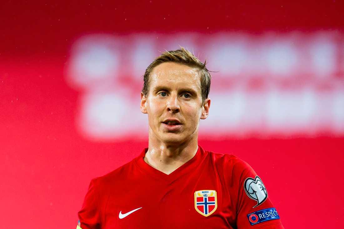 Stefan Johansen rasar mot egna fröbundet – efter beskedet om Lagerbäck.