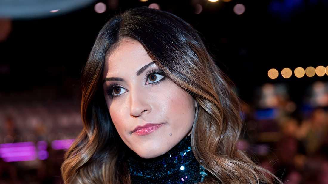 Nikki Amini.