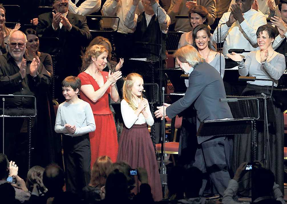 Ensemblen fick stående ovationer i Royal Albert Hall.