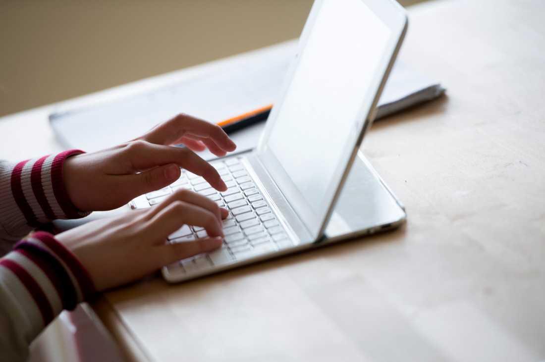 Den som ska skriva sitt testamente har anledning att fundera igenom både vad man vill och hur det ska uttryckas. Arkivbild.