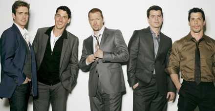 New Kids On The Block –så ser de ut 2008. Från vänster: Joey McIntyre, Jonathan Knight, Donnie Wahlberg, Jordan Knight och Danny Wood.