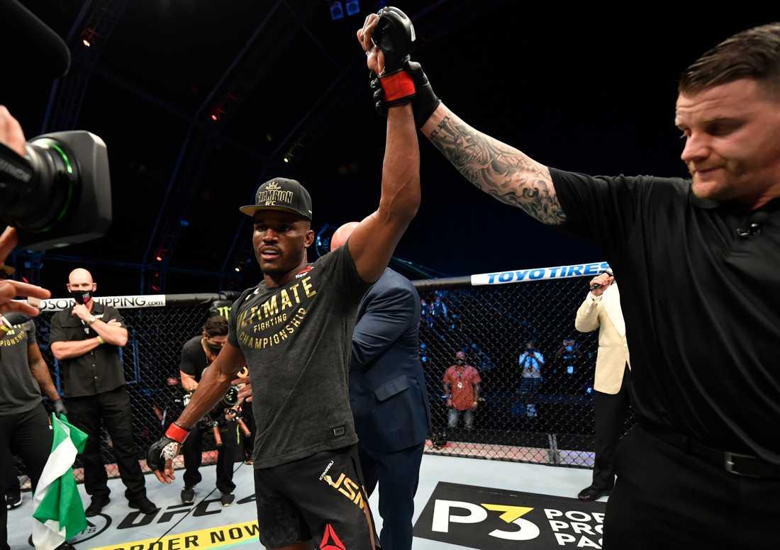 Kamaru Usman besegrade Gilbert Burns på TKO