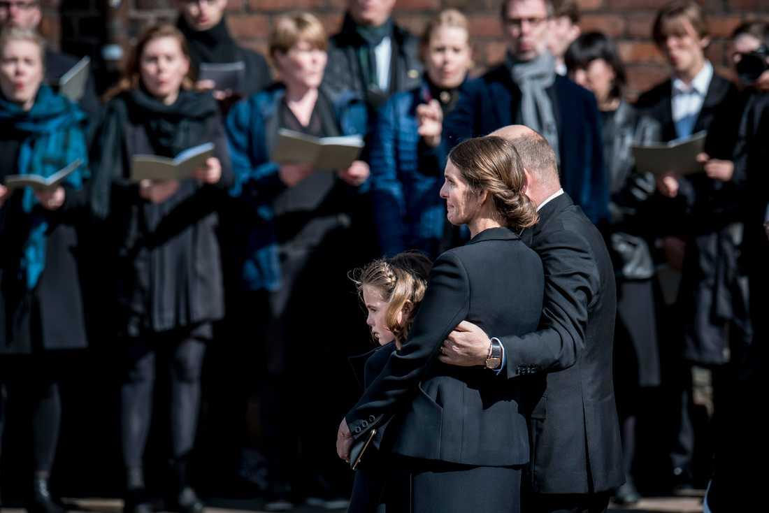Anders och Anne Holch Povlsen med dottern Astrid.