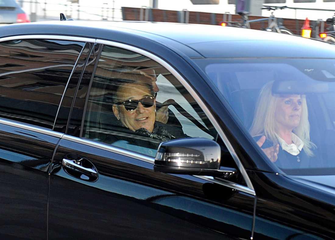 Bruce Springsteen anlände i en svart Mercedes på onsdagskvällen.