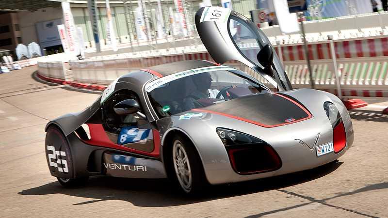Venturi – sportbil med två elmotorer i varje hjul. Den här prototypen byggs av franska Venturi med teknik från Michelin.