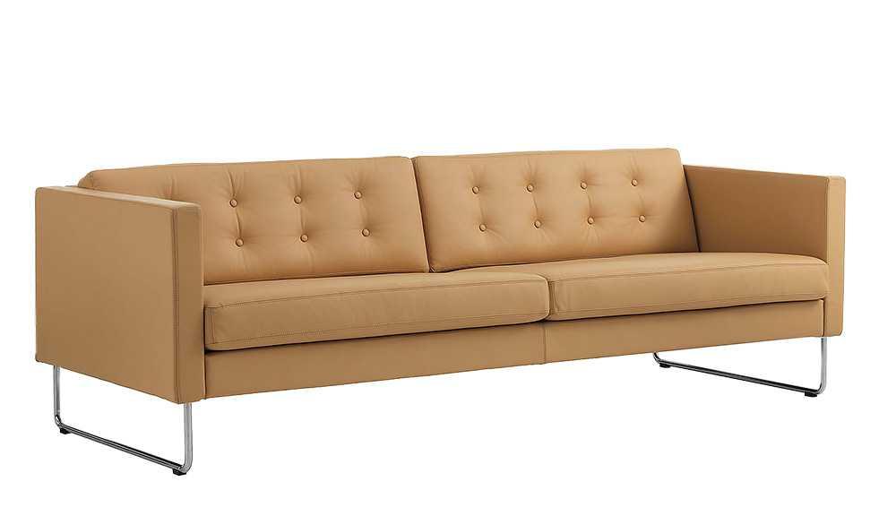 Soffa av märket Madison Swedese: 10 850 kr.