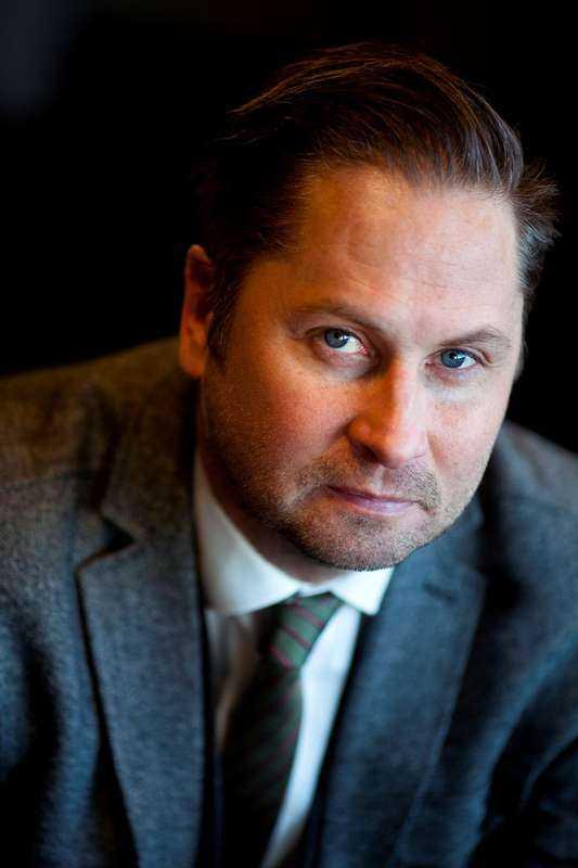Henrik Arnstad, författare och journalist.