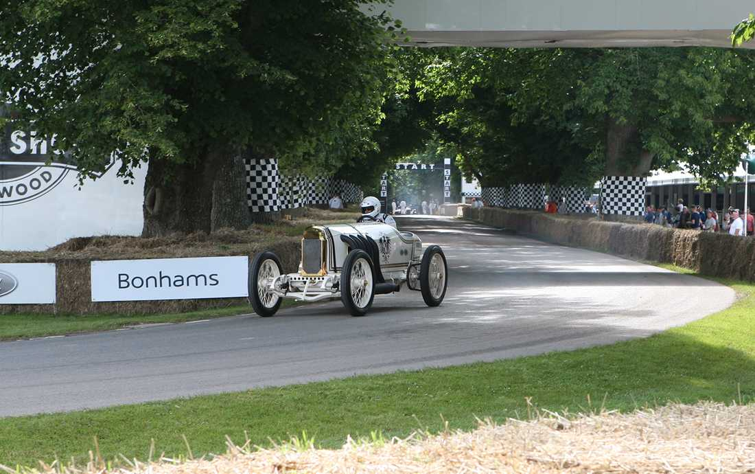 "En av de sex Benz 200 ""Blitzen Benz"" som byggdes 1911."
