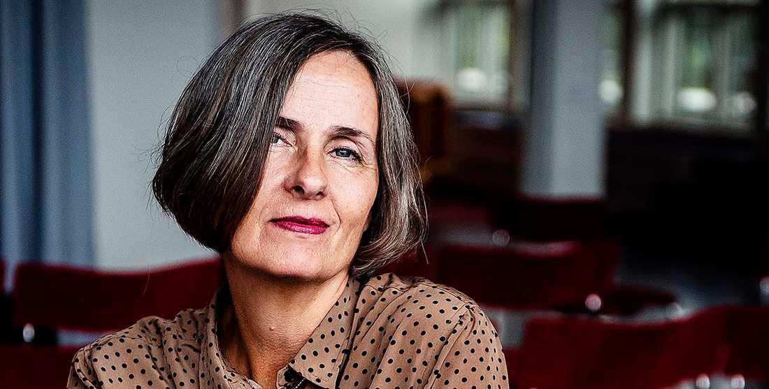 """Susanna Alakoski har just kommit ut med """"Bomullsängeln"""", den första boken i en serie som ska bli fyra."""
