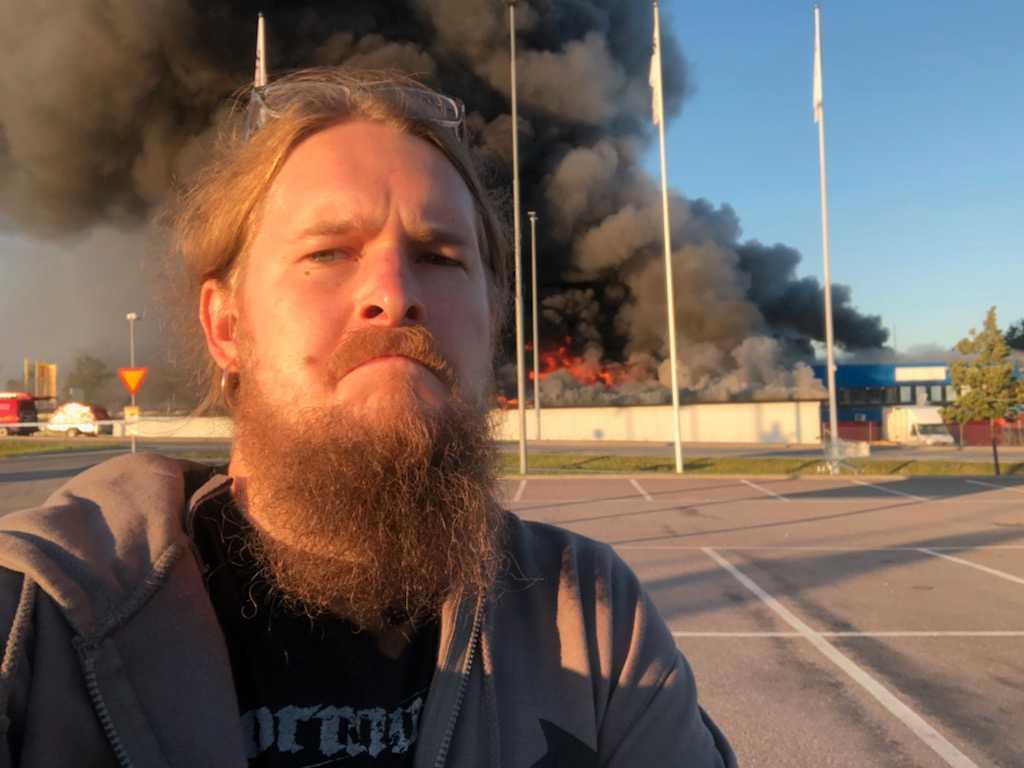 Tobias blev vittne till branden.