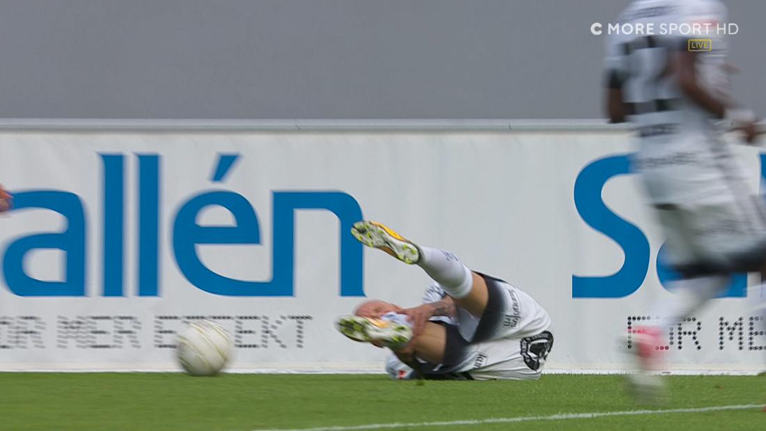 Alexander Farnerud skadade sig under matchen mot Sirius.