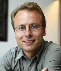 Sverker Wadstein, relationsexpert och familjerådgivare, driver företaget Bra relationer.
