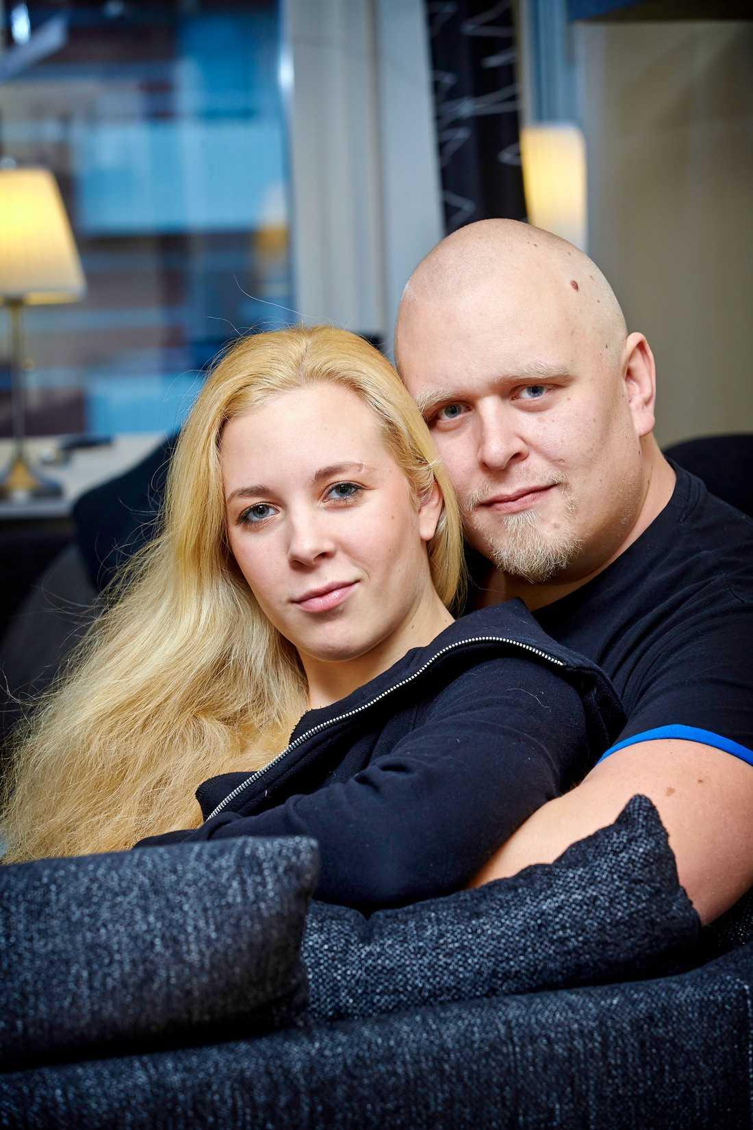Annie Andersson och Daniel Tengqvist fann varandra på nätet.