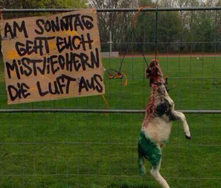 Den här hälsningen mötte Hannover-spelarna när de kom till träningsanläggningen i fredags.