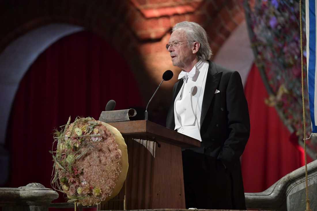 Peter Handke, Nobelpristagare i litteratur, håller tacktal under Nobelbanketten i Stockholms stadshus.