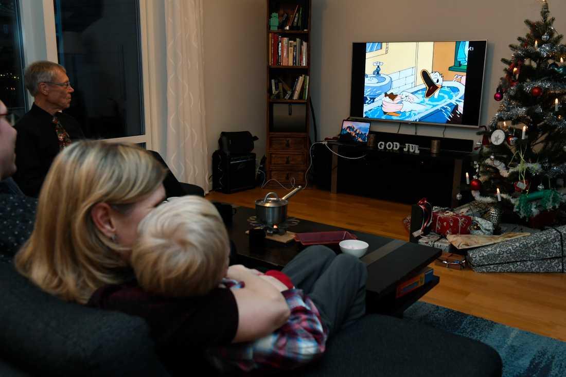"""""""Kalle Anka och hans vänner önskar god jul"""" sågs av drygt 4,5 miljoner tittare."""