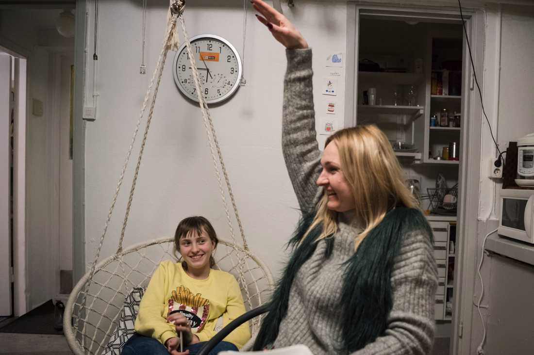 Iryna och dottern Sophia, 12.