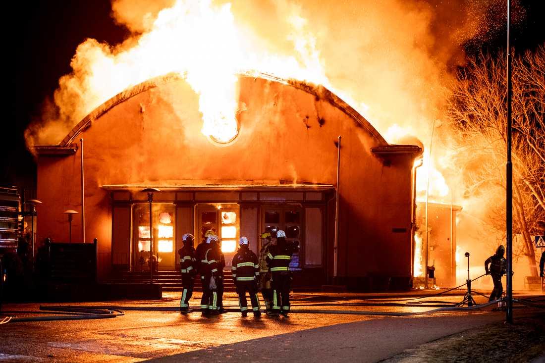 Internatskolan i Sigtuna brinner