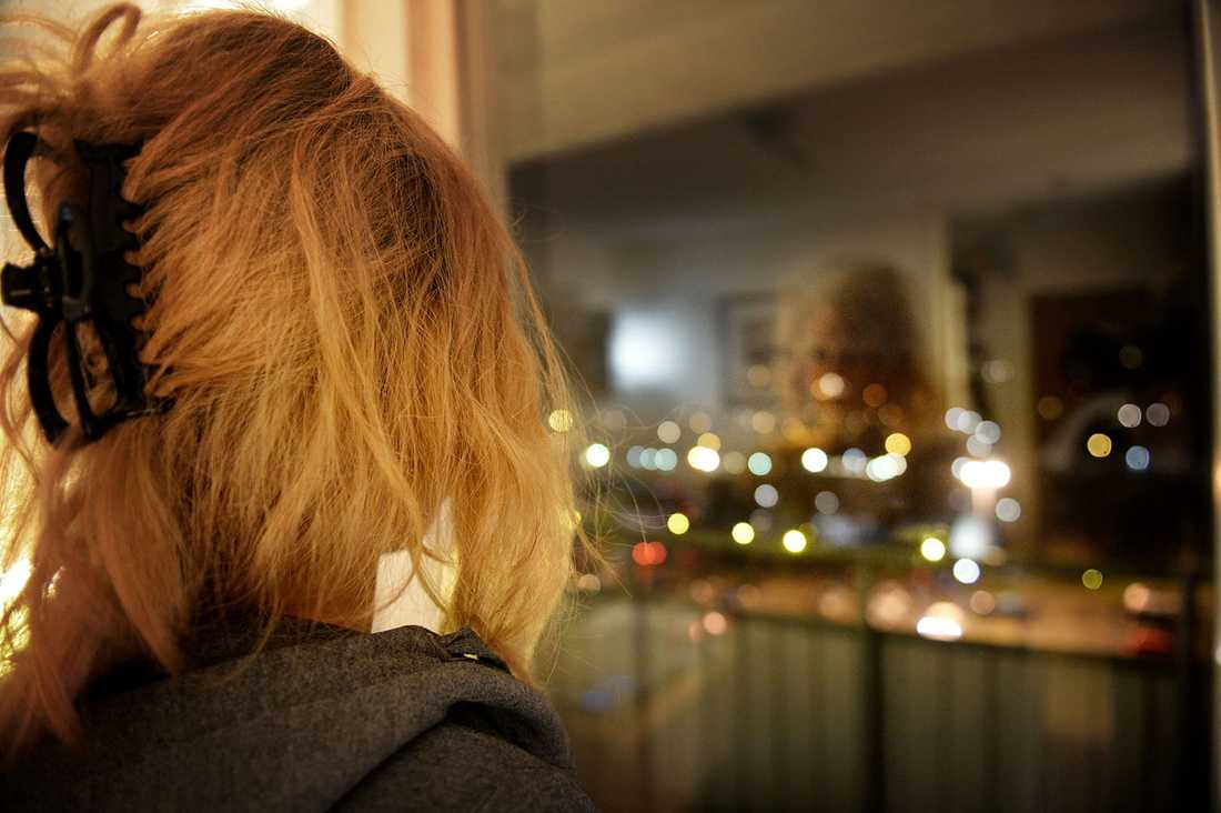 """Linn, 28, ringde polisen när hennes före detta sambo hotade att skada husdjuren. Då hamnade hon i det hemliga registret tillsammans med 2000 andra kvinnor som utsatts för misshandel. """"De skuldbelägger kvinnorna"""", säger hon."""