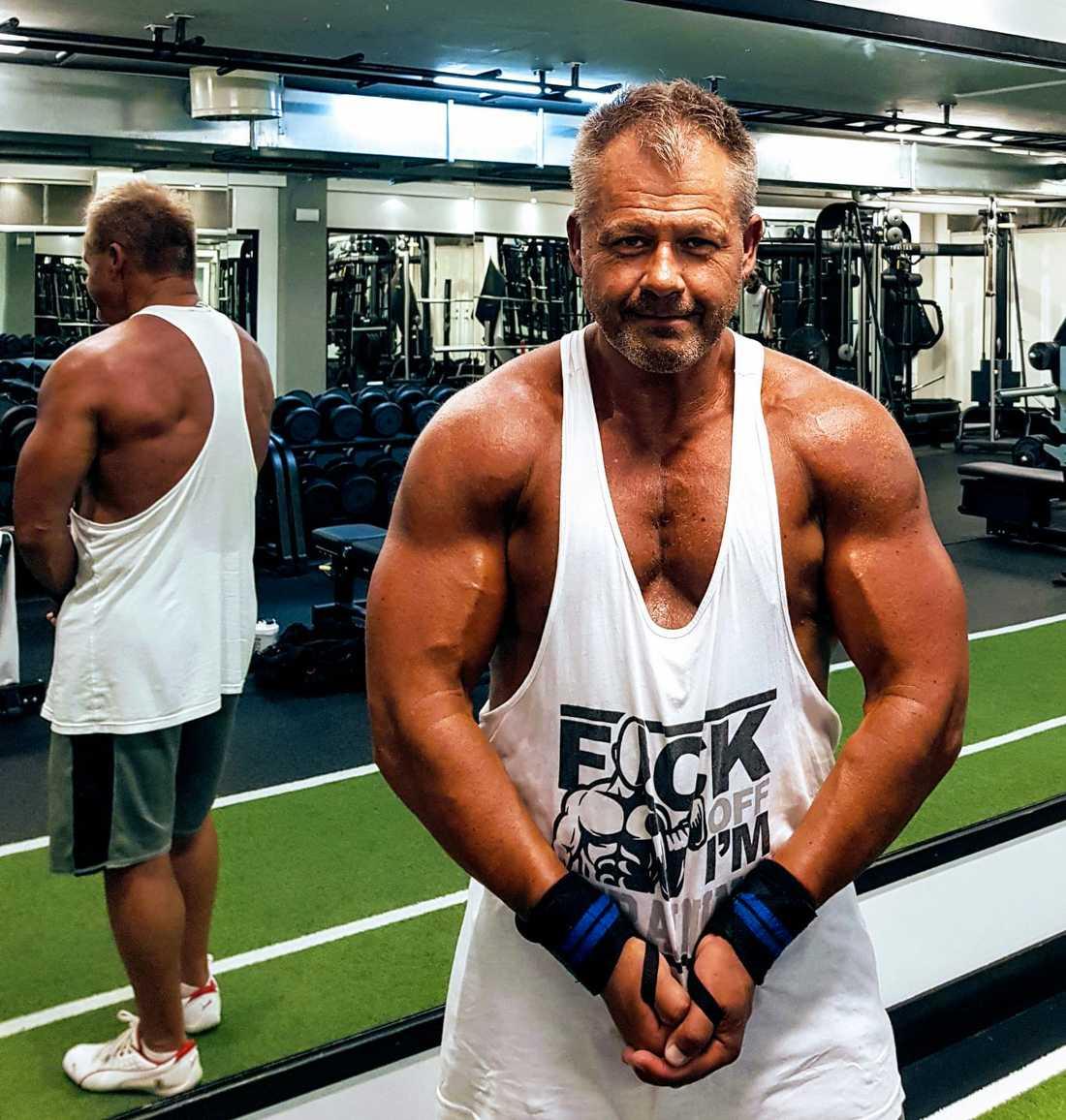 Micael Sköldqvist, 58, styrketränade nästan varje dag och var i toppform innan han drabbades av coronaviruset.