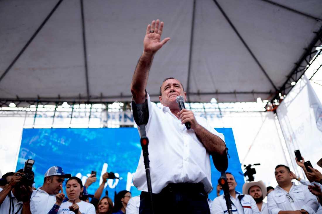 Alejandro Giammattei står inför svåra utmaningar när han tillträder som Guatemalas president efter årsskiftet. Arkivbild.