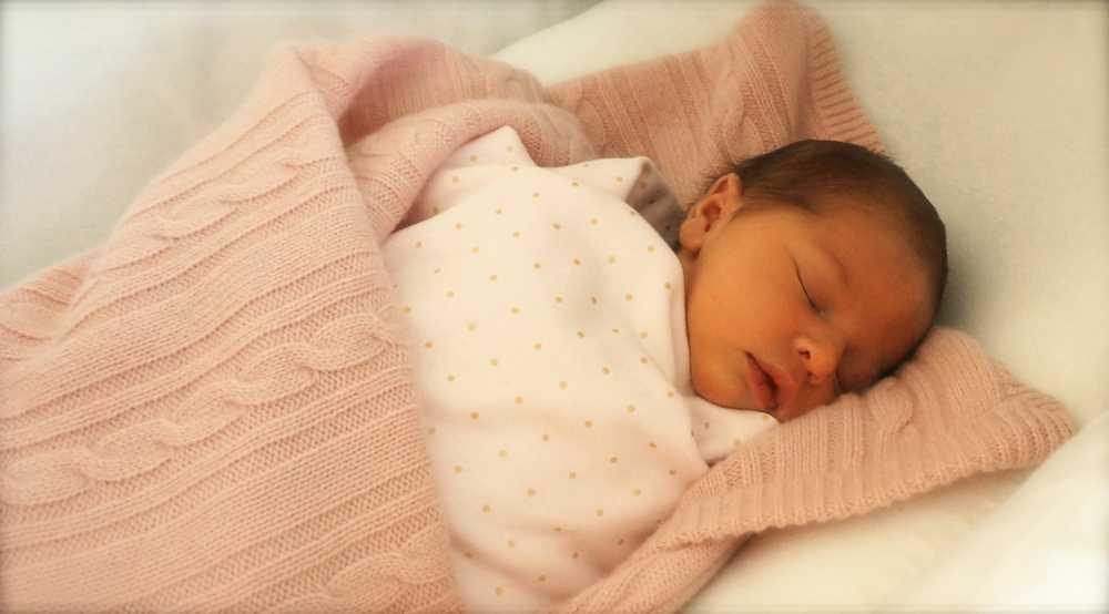 Storasyster Leonore föddes den 20 februari i New York.