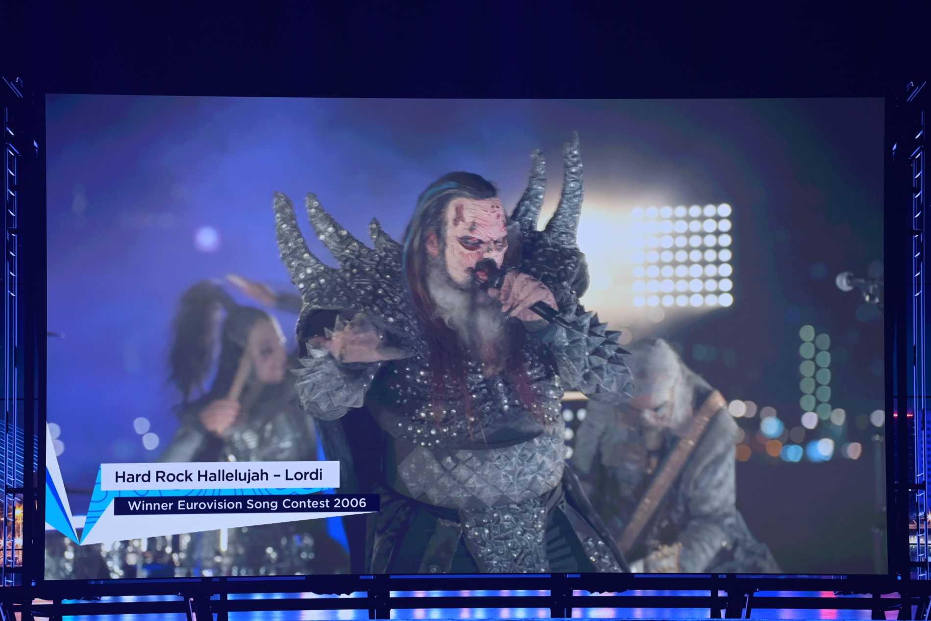 """Lordi gjorde sin """"Hard rock hallelujah"""" på ett tak i Rotterdam i Eurovision-mellanakten 2021"""